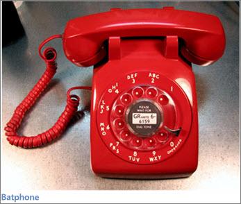 Bilde av rød Batphone (fra TV-serien Batman)