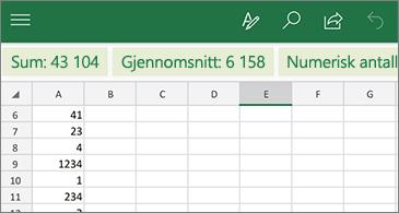 Regneark med vanlige funksjoner som er tilgjengelige over raden med kolonneoverskrifter