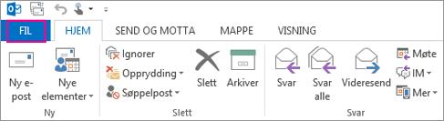 Slik ser båndet ut i Outlook-skrivebordsprogrammet.