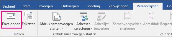 De optie Enveloppen is gemarkeerd op het tabblad Mailings.