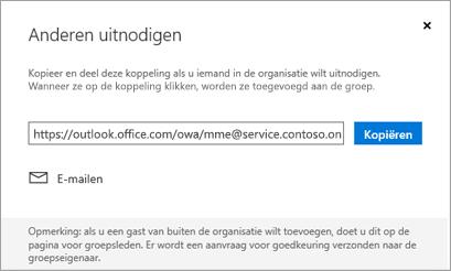 Klik op kopiëren of E-mail om de koppeling deelnemen aan insluiten in een e-mailbericht