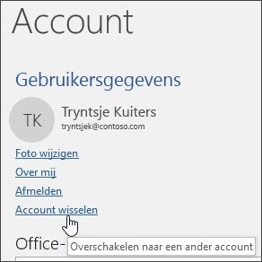 Schermafbeelding van het schakelen tussen accounts in accountgegevens