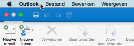 Als u wilt weten welke versie van Outlook u hebt, kiest u Outlook op de menubalk.