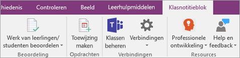 Tabblad Klasnotitieblok op het OneNote-lint met de knop Klassen beheren van Teams.
