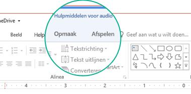 Wanneer een audiofragment op een dia is geselecteerd, wordt de sectie Hulpmiddelen voor audio weergegeven op het werkbalklint met twee tabbladen: Opmaak en Afspelen.