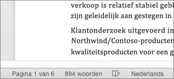 Onder aan het document, op de statusbalk, wordt het totale aantal woorden weergegeven