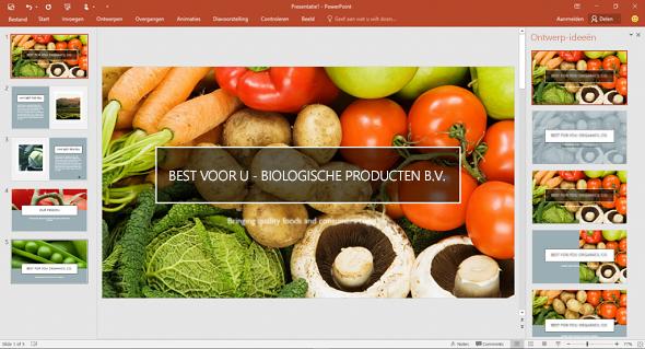 Designer verbetert de foto's op dia's met één klik.
