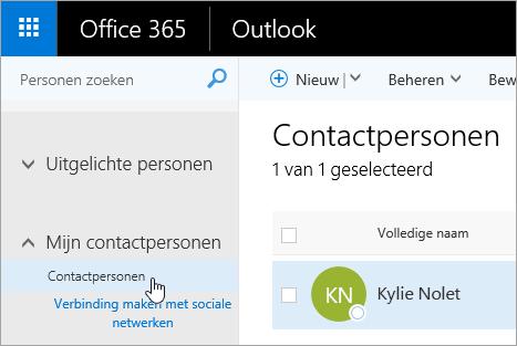 Een schermafbeelding van de aanwijzer boven de knop Contactpersonen op de pagina Personen.