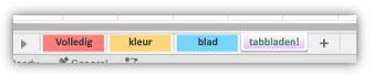 Schermafbeelding van werkbladtabs waarbij de kleuren het hele tabblad vullen.