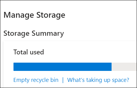 OneDrive-venster Opslag beheren met totaal gebruikte ruimte, prullenbak en optie om grote bestanden en foto's te bekijken.