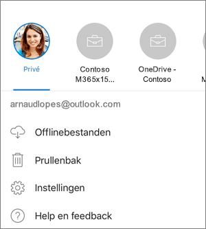 Schermafbeelding van het schakelen tussen accounts in de OneDrive-app op iOS