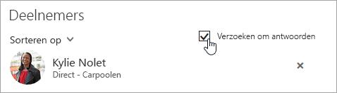Een schermafbeelding van de knop Antwoorden vragen in de webversie van Outlook