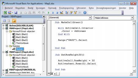Een module die twee macro's bevat die zijn opgeslagen in Module1 van Map1