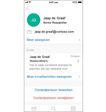 Contactpagina met contactpersoon verwijderen in rode tekst
