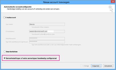 Kies Serverinstellingen of extra servicetypen handmatig configureren.