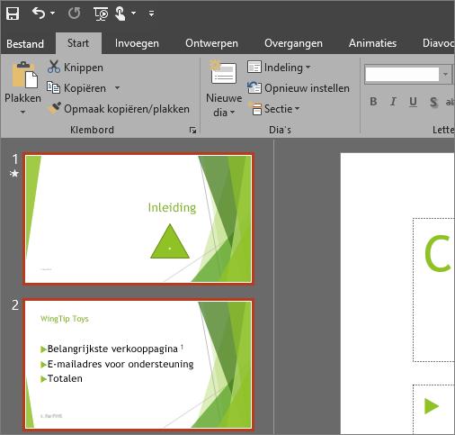 Geeft PowerPoint 2016 weer met het grijze thema toegepast