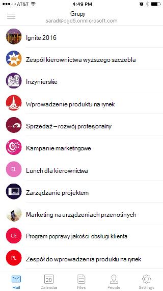 """Pokazuje ekran Grupy z listą grup, takich jak """"Ingite 2016"""" i """"Kierownictwo wyższego szczebla""""."""