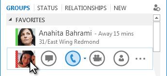 Zrzut ekranu menu Szybka komunikacja z kursorem zatrzymanym na obrazie kontaktu
