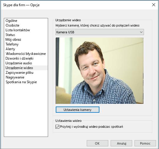 Zrzut ekranu przedstawiający stronę Urządzenia wideo w oknie dialogowym Opcje programu Skype dla firm.