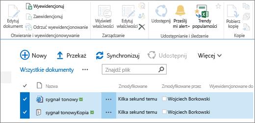 Edytowanie części wstążki z dwoma elementami zaznaczonymi na liście