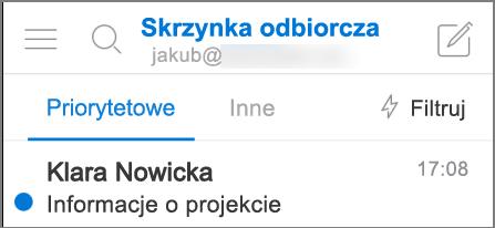 Obraz przedstawiający wygląd aplikacji Outlook na telefonie iPhone.