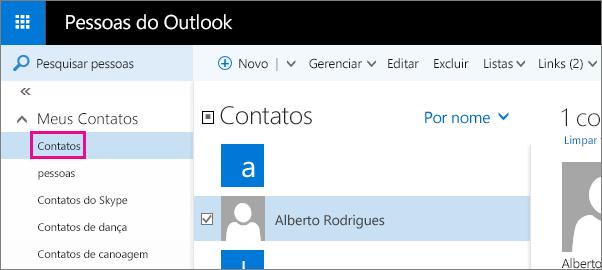 Captura de tela da página Pessoas do Outlook. No painel esquerdo, a opção Meus Contatos está expandida e a pasta Contatos aparece sob ela.