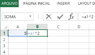 A fórmula está na célula adjacente.