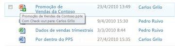 Dica de Ferramenta que aparece abaixo do ícone de arquivo checked-out. Ela permite que o usuário saiba o nome do arquivo e quem fez check-out nele.