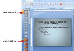 Dois slides mestres com layouts associados