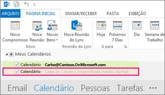 o calendário compartilhado é exibido na lista de pastas no Outlook