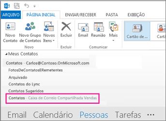 A lista de contatos compartilhados é exibida no Painel de Contatos no Outlook