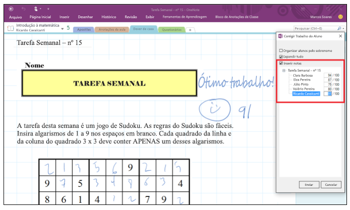 Captura de tela de como revisar o trabalho de um aluno no suplemento Criador de Bloco de Anotações de Classe.