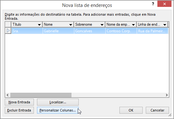 Para adicionar colunas personalizadas à sua lista de email, clique no botão Personalizar colunas.