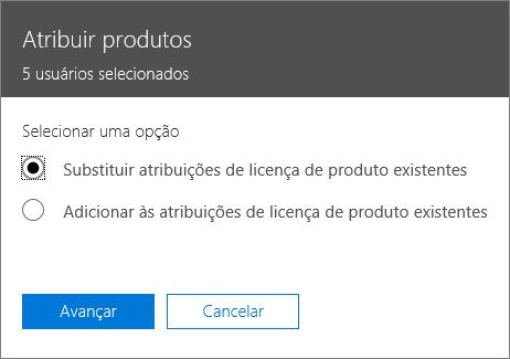 A opção de substituir atribuições de licenças de produtos existentes no painel de atribuição de produtos.