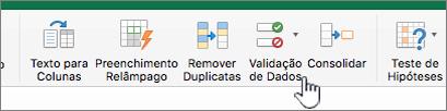 Menu de dados da barra de ferramentas do Excel com a opção Validação de Dados selecionada
