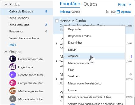 Captura de tela da Caixa de entrada, mostrando o menu do botão direito em uma mensagem com a opção Arquivo Morto selecionada.