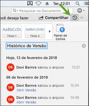 O botão Histórico de Versão abre o painel de histórico de versão que permite que você selecione versões anteriores do documento