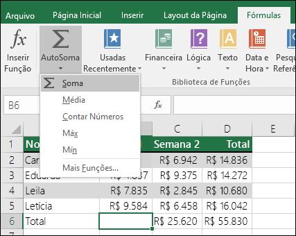 Você pode usar o Assistente de AutoSoma para criar uma fórmula de soma automaticamente.  Selecione um intervalo acima/abaixo ou à esquerda/à direita do intervalo a ser somado e vá para a guia Fórmula na Faixa de Opções, selecione AutoSoma e SOMA.
