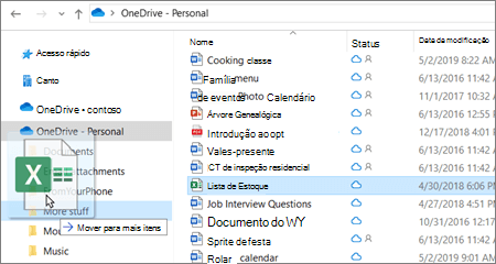 Captura de tela mostrando a transferência de um arquivo para uma pasta diferente no OneDrive.
