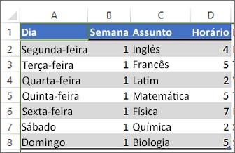 Tabela com cor aplicada a linhas alternadas