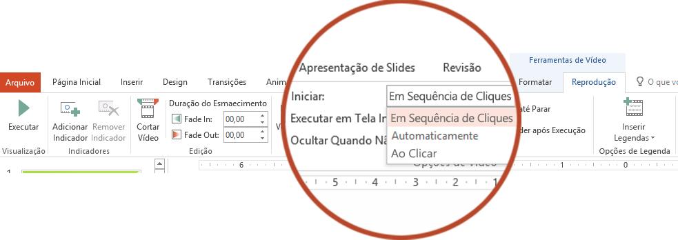 As opções de Reprodução para um vídeo do seu computador são: Em Sequência de Clique, Automaticamente ou Quando Clicado