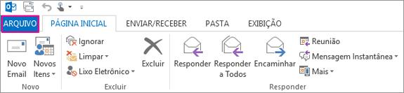 Essa é a aparência da faixa de opções do Outlook.