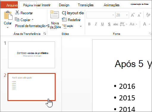 Modo de exibição normal com miniatura de slide selecionada