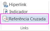 Faixa de opções do Word com Referência cruzada realçada