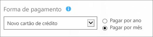 """Captura de tela da seção """"Forma de pagamento"""" da página """"Como você deseja pagar?"""" com as opções """"Novo cartão de crédito"""" e """"Pagar por mês"""" selecionadas."""