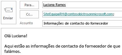 Mensagem de e-mail com a caixa de correio do site incluída no campo CC.