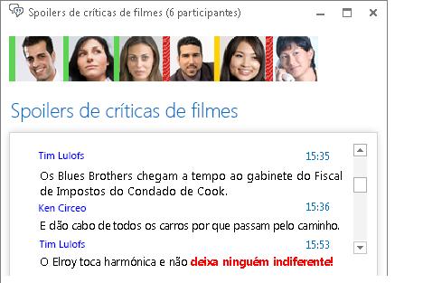 Captura de ecrã da janela da sala de chat com uma mensagem nova com o tipo de letra a vermelho e negrito e um ícone expressivo adicionado