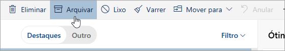 Uma captura de ecrã a mostrar o botão Arquivar