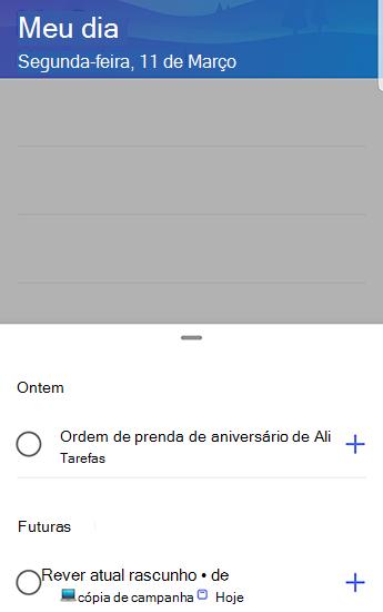 Captura de tela do to-do no Android com sugestões abertas e agrupadas por ontem e no futuro.