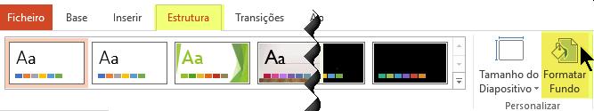 O botão Formatar Fundo encontra-se no separador Estrutura do Friso no PowerPoint